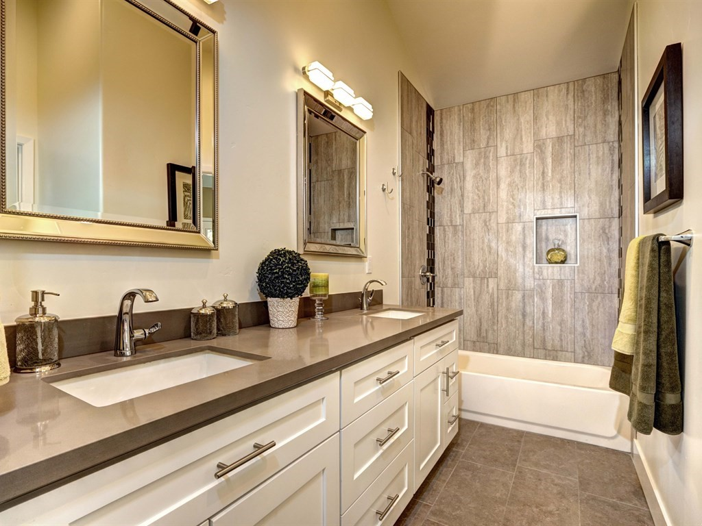 New home archictectural bathroom 4 royer designs for New home bathroom designs